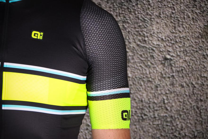 alé prr 2.0 - A technical and aerodynamic item whilst breathable and light at the same time.