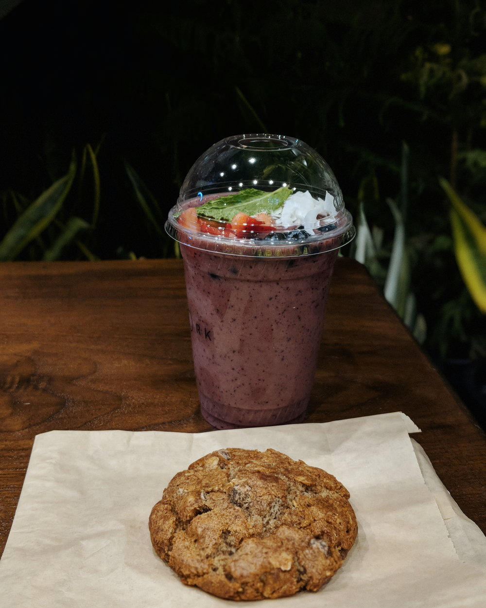 My yummy berry smoothie and chocolate walnut cookie.
