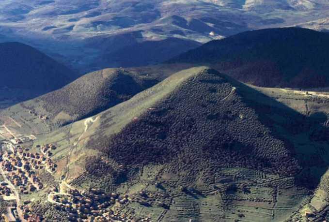 bosnian-pyramids-679x459.jpg