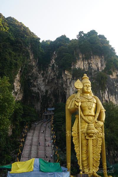 Caves_Kuala Lumpur_Malaysia_Monkey_Buddha-1.jpg