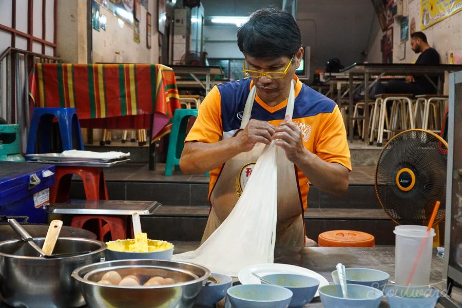Chiang Mai_Eat_Khao Soi_Soup_Biking_MoBike_Thailand_Eating_Foodie_Tour_Chicken_To Eat_Pork_Cowboy Hat_Roti_Rice-4.jpg