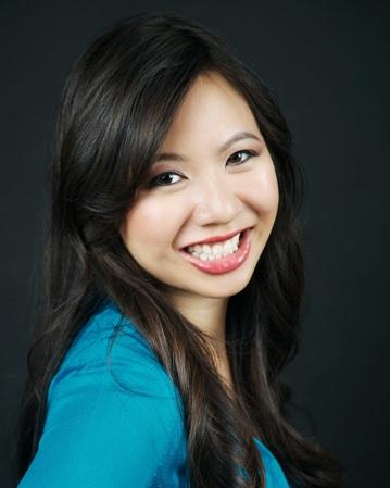Elizabeth-Lim-headshot.jpg