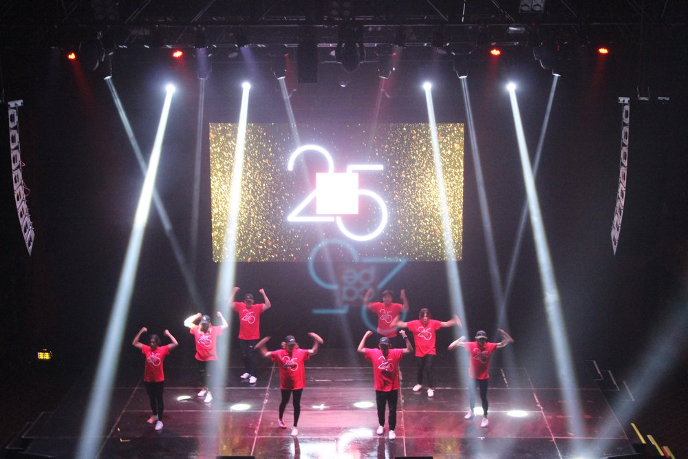 Header: Natural St8 dance group