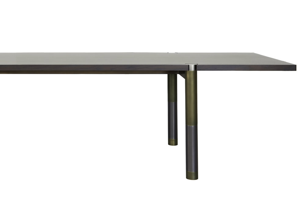 Avram_Rusu_Nova_Dining_Table_2.jpg