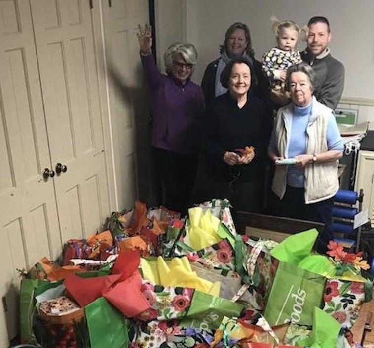 outreach Thanksgiving 2017.jpg