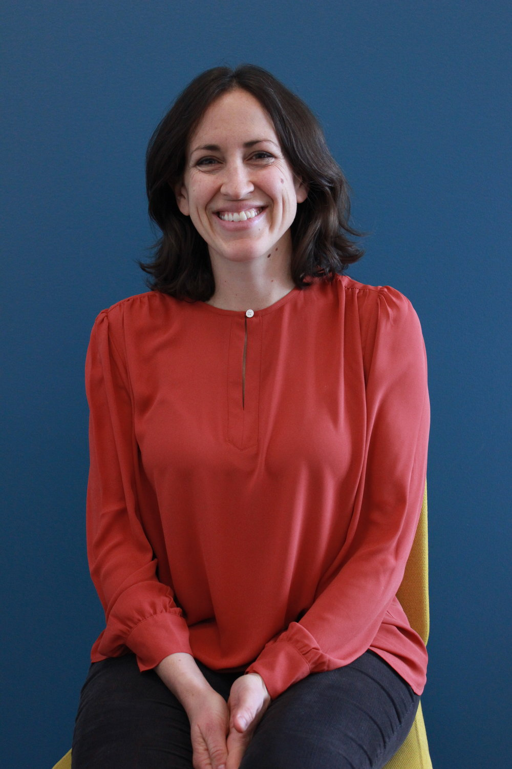Amy Walker - Walker teaches watchdog reporting and digital and data journalism. Before coming to Quinnipiac, she worked for several years as a journalist at The New York Times.