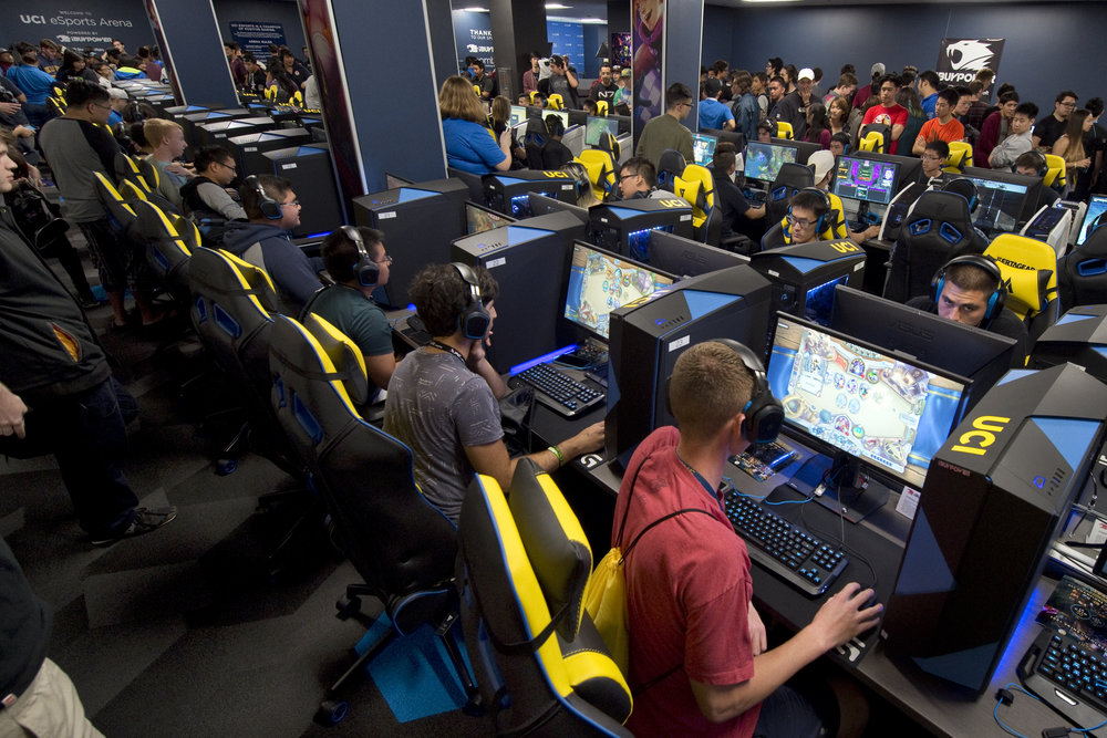 UC Irvine esports Program.  Photo Via  UCI Irvine esports  website
