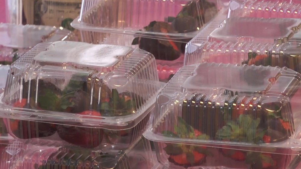 Chocolate covered strawberries sold to raise money for the upcoming QTHON dance marathon