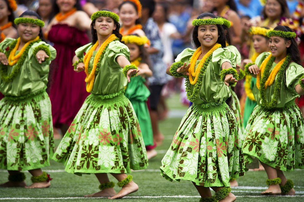 hawaiian-hula-dancers-aloha-stadium-dod-photo-by-usaf-tech-54093.jpeg