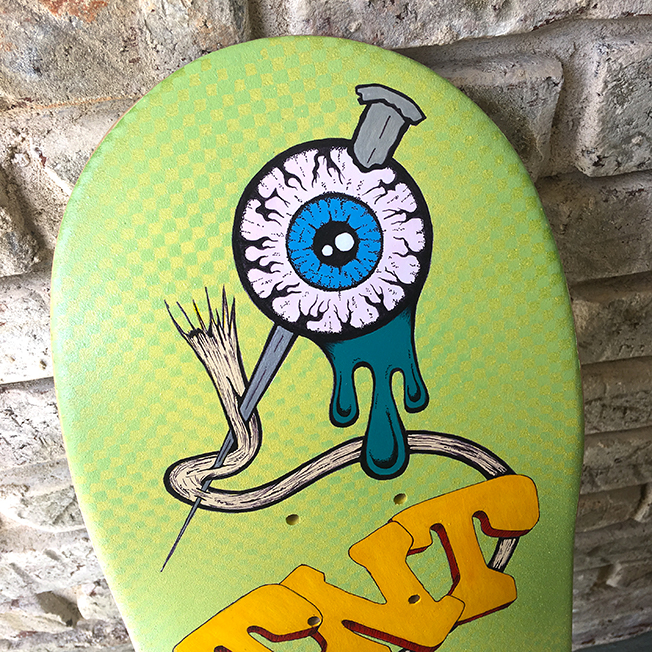 mad-bomber-skateboard-deck-detail-001.jpg
