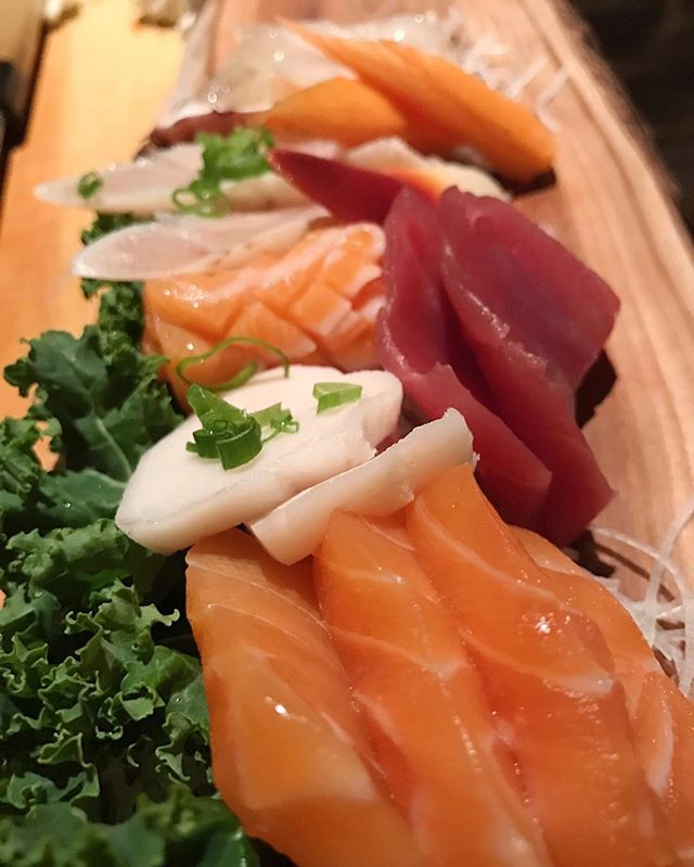 Sashimi as far as the eye can see 😍🐟⠀ ⠀ #treatyourself #sushiporn #ygk #ygkfood #fresh #kingstonontario #downtown #foodie #sushibarda #tuna #tilapia #salmon #sashimi