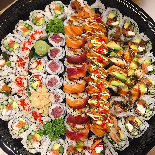 We r ready for TO GO ❤️💚💙 . . . #sushibarda #kingston #kingstondowntown #ontario #canada  #sushi #sushitime #sushi🍣 #sushiroll #sushis #sushibar #sushirolls #sushiart #sushiman #sushiya #sushimania #sushigo #maki #japanesefood #good #delicious #food #takeout