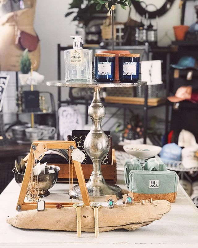 A little bit of pretty from the studio . . . . . #smalltowncharm #smallbusinessesrock #boutiquejewelry #wisconsinboutique #amishcountry #wisconsin #madisonwi #ruralamerica #wisconsindaytrip #pardeevillewi