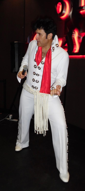 Photo of Gino Monopoli by Carolyn MacArthur