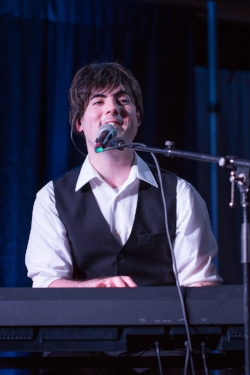 Tribute Artist Jeremy Wright as Sir Paul McCartney.  Photo Credit: Lori-Anne Crewe, LA Crewe Photography.