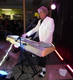 Brent Freeman as Jerry Lee Lewis at the RHLI show, 2018.  Photo Credit: C. MacAthur.