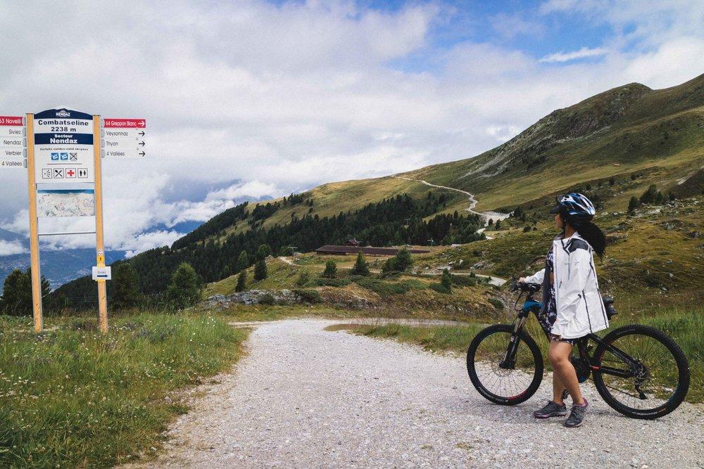 Elaisha-Jade-Mountain-Biking-theme.jpg