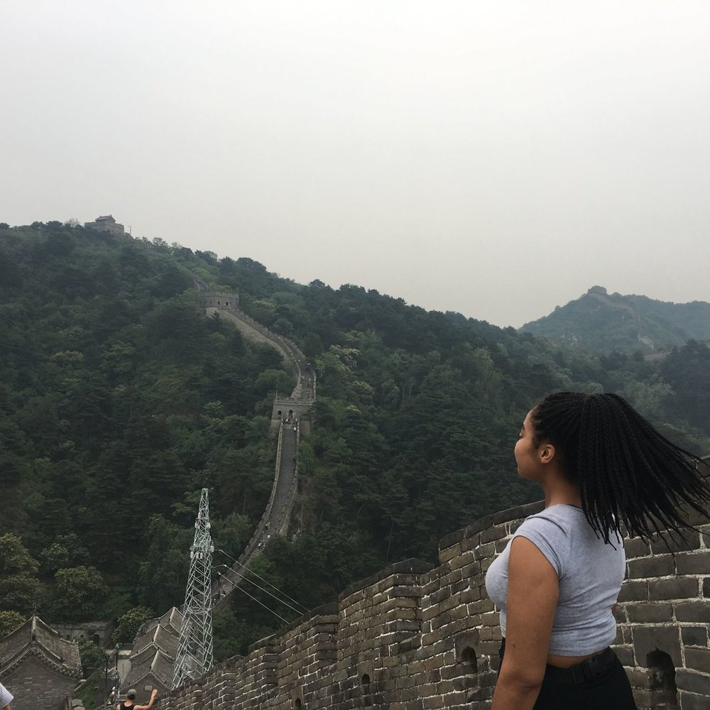 Elaisha jade with box braids at the great wall of china