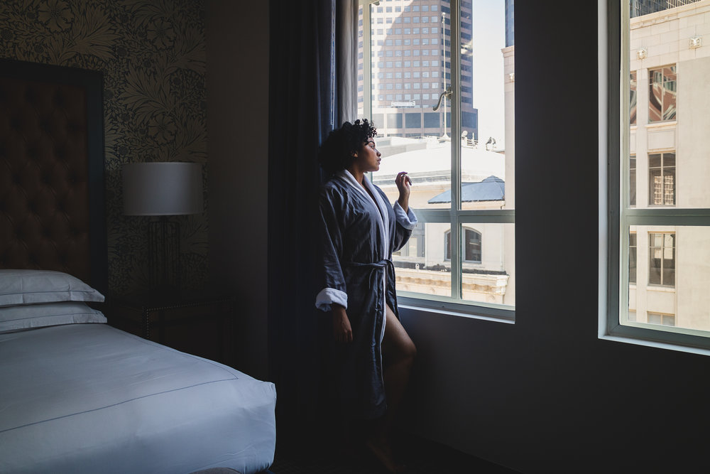 Elaisha Jade in the Denver Kimpton Monaco Hotel