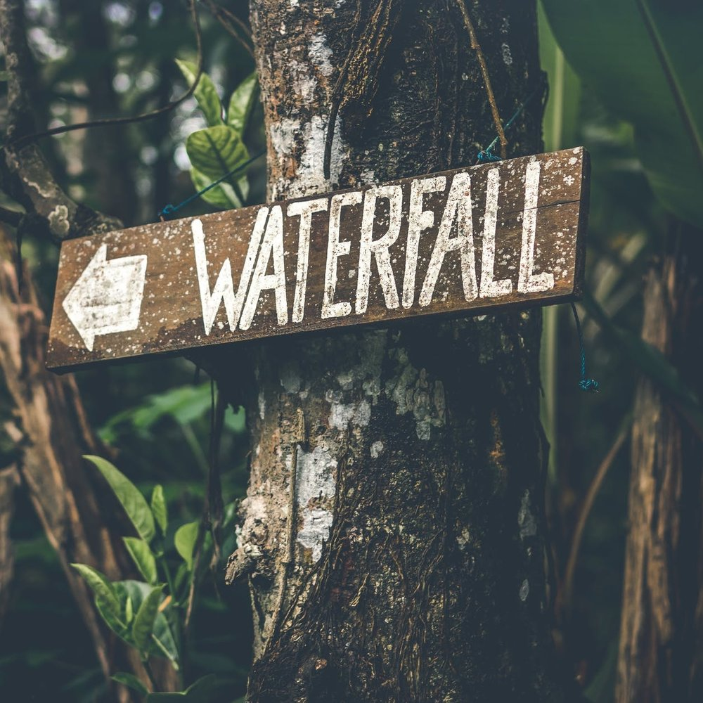 EbodyingGoddessRetreat-WaterfallSign