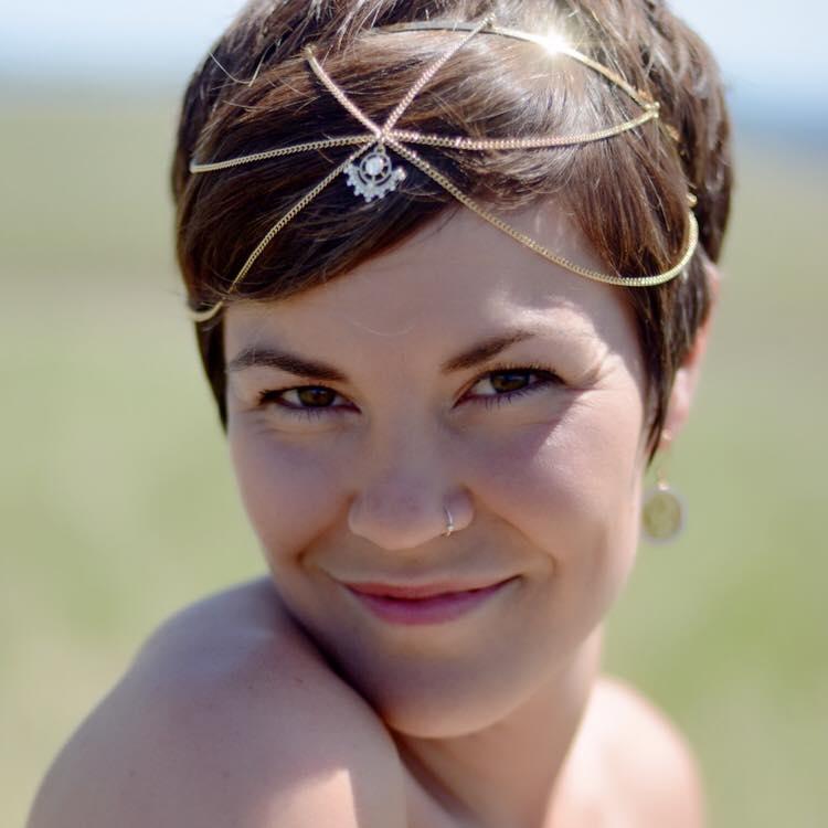 Deanna Goddess Headshot.jpg