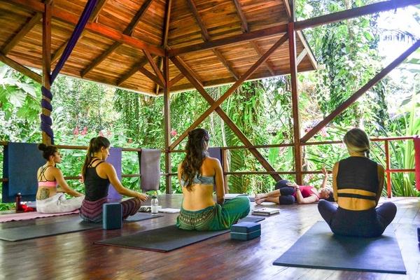 Tierra De Suenos yoga deck.jpg