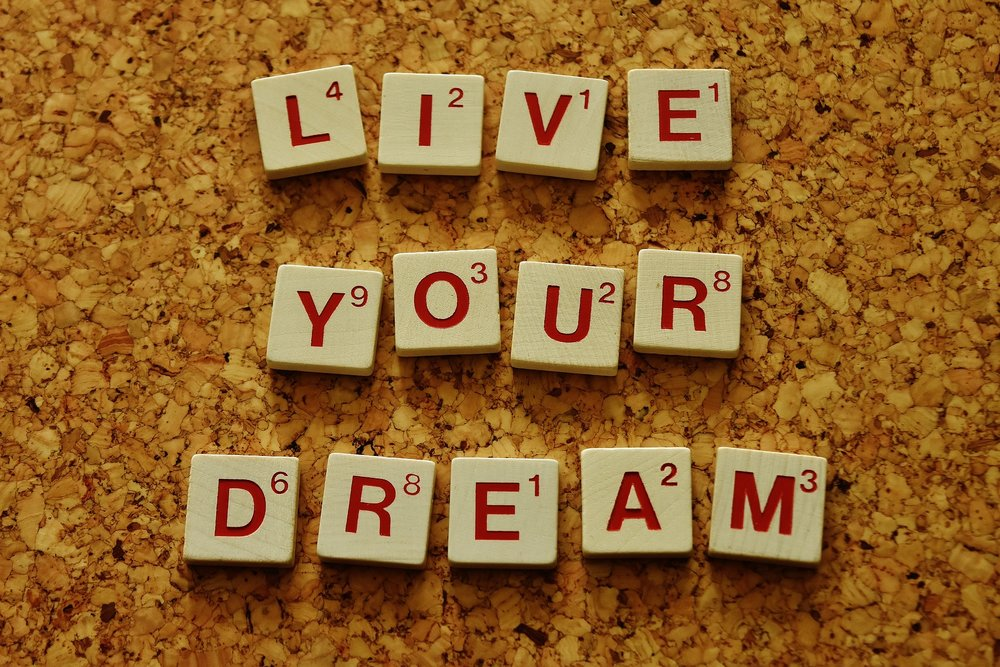 live-your-dream-2045928_1920.jpg