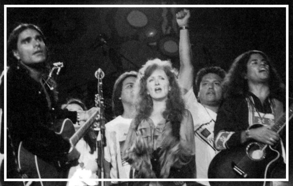 Robby-Romero-Bonnie-Raitt Good Road Concert.jpg