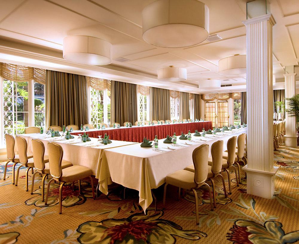 hotel-del-coronado-meeting-garden-room-1114x909-1.jpg