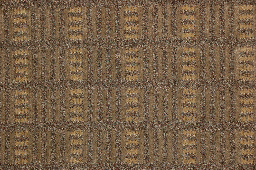 LYRIC OAK   32 oz. 2041 sq. yds