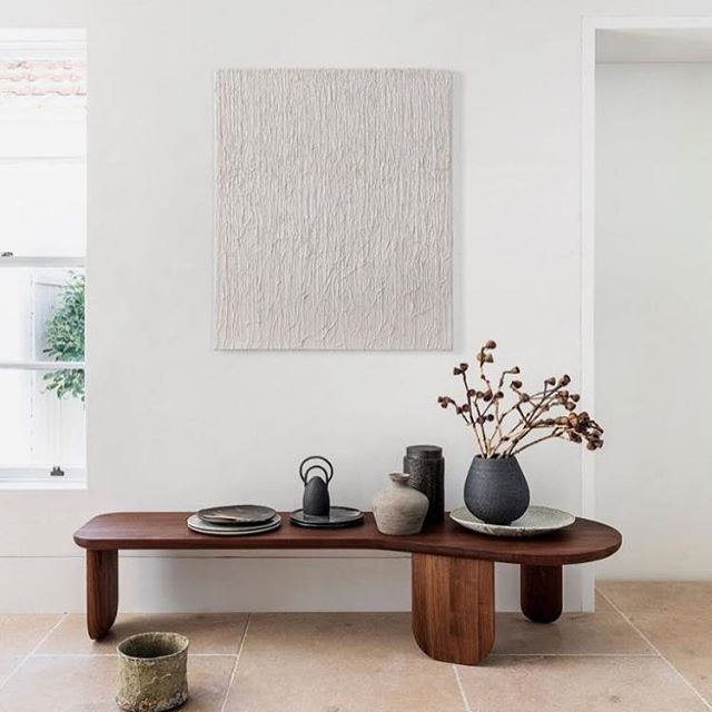 when furniture is art ❤️ this bench by @spenceandlyda stopped me in my tracks this morning! Beautiful interior by @alexander_andco 📷 @tfadtomferguson