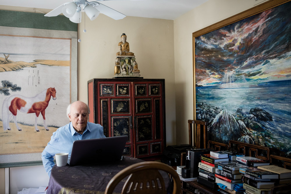journalist peter arnett, working at home in fountain valley, calif. 2.20.18