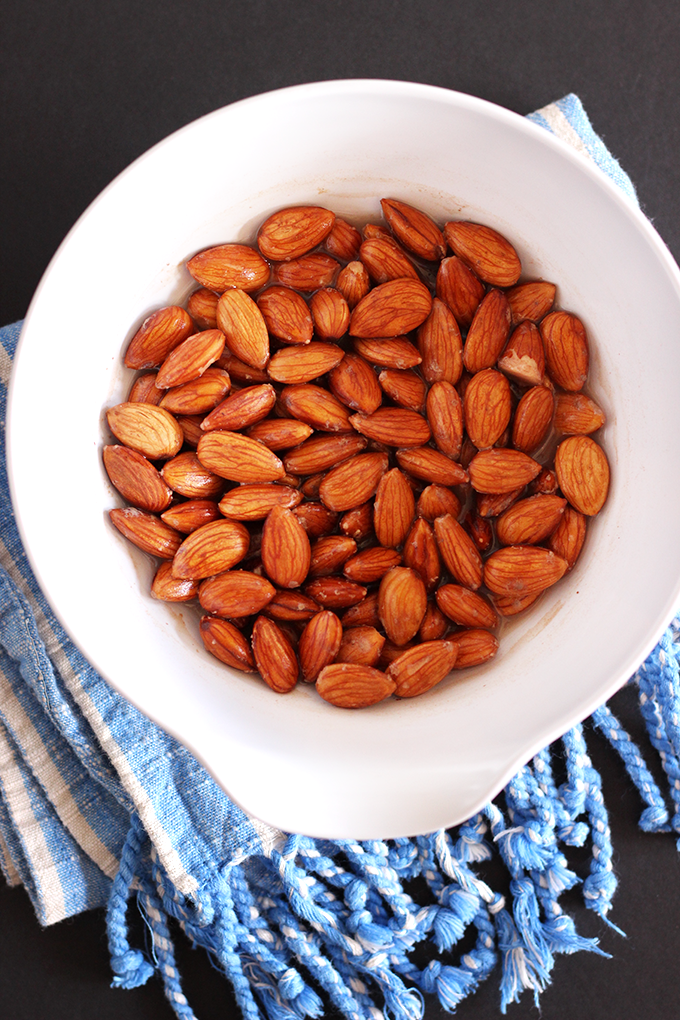 Soaked Almonds - Sweetly Spiced Homemade Almond Milk #glutenfree #vegan #homemade