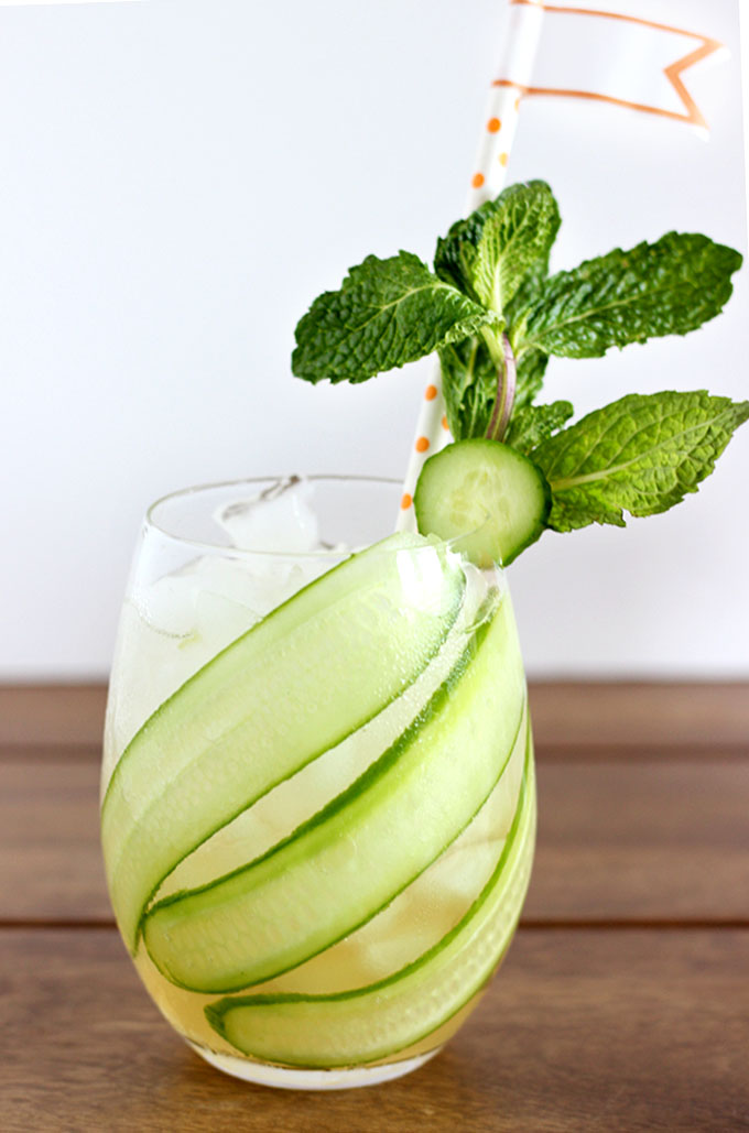 Cucumber Mint Mojarita Cocktail