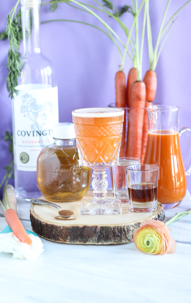 Carrot Cake Cocktail made with NC #vodka and organic #carrotjuice - All natural ingredients and sweetened with maple syrup! #dessertcocktail #easycocktail #healthiercocktail