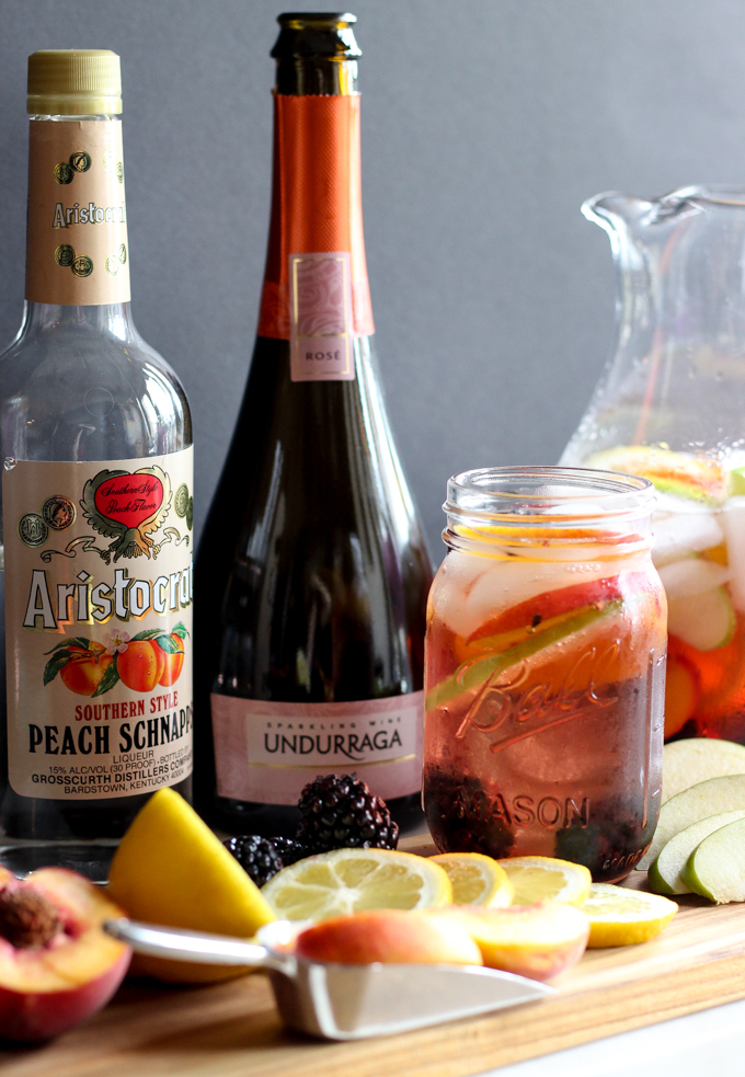 Easy Fresh Fruit Rose Sangria Recipe | CheersYears.com #easysangriarecipe #sangria #rosesangria