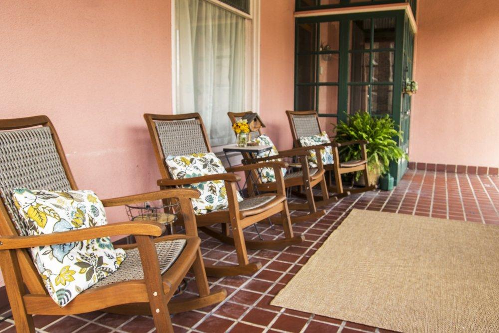 porch2.jpg