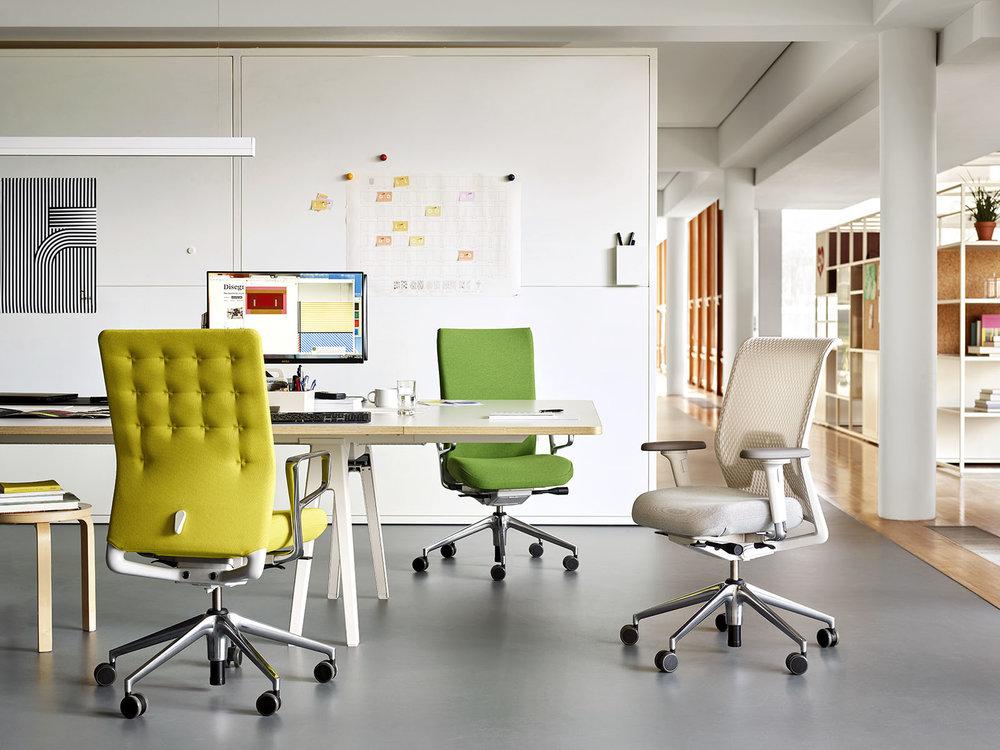 work_ID Chair_1766043_master.jpg