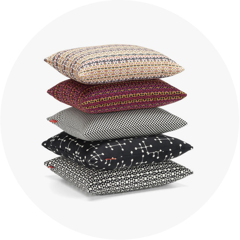 work_Classic Maharam Pillows 2016 group_FS_1198313_preview_r.jpg