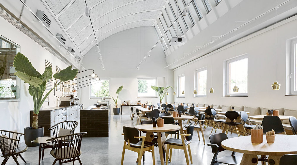 cafeteria_Vitra-Schaudepot-Depot-Deli_Weil-am-Rhein_D_2016_Ilse-Crawford-2345989_R.jpg