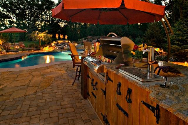 edina_outdoor-pool-kitchen.jpg