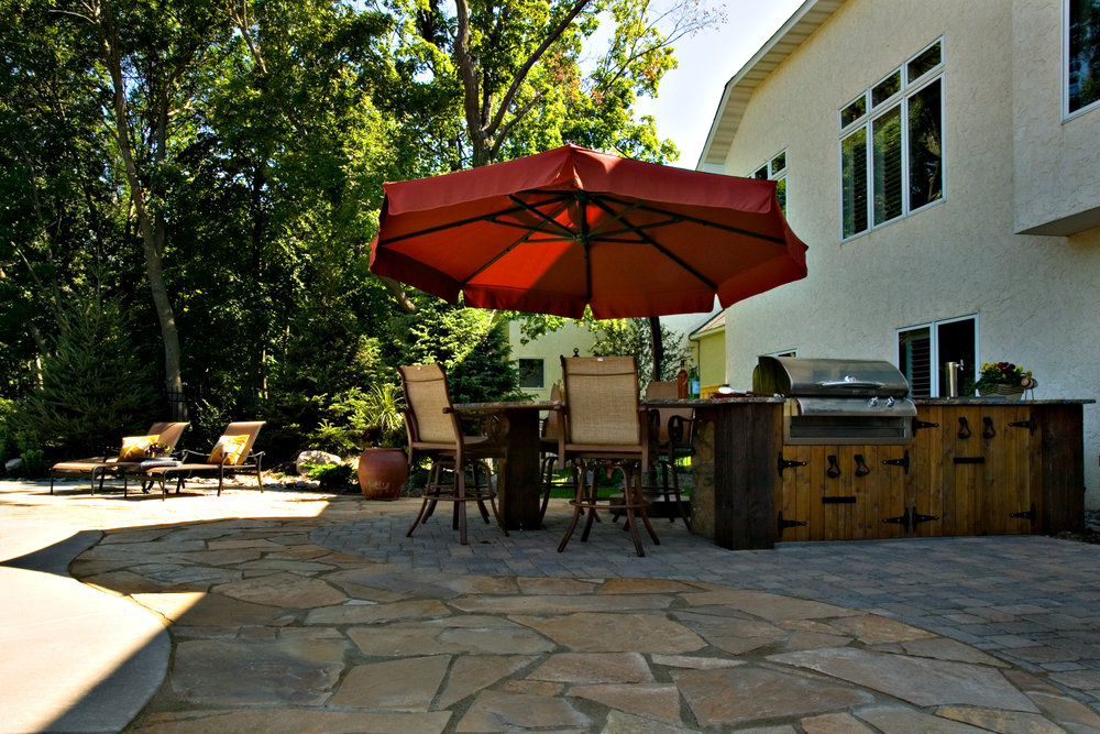 patio-umbrella-poolside.jpg