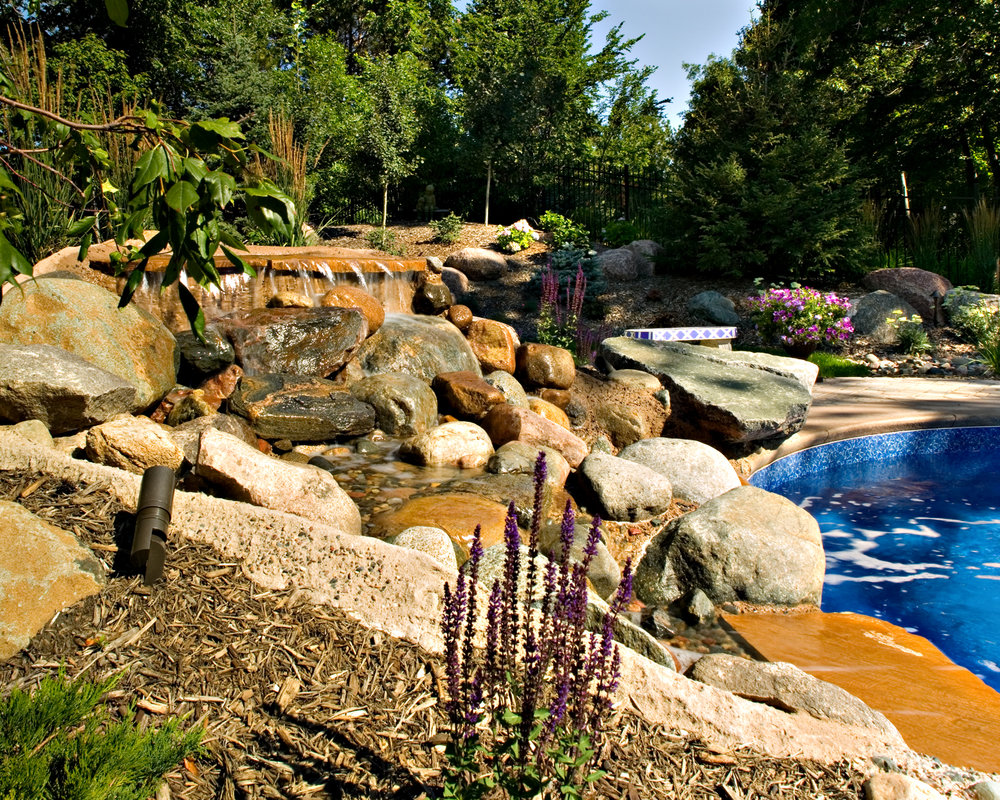pool-water-feature-edina.jpg