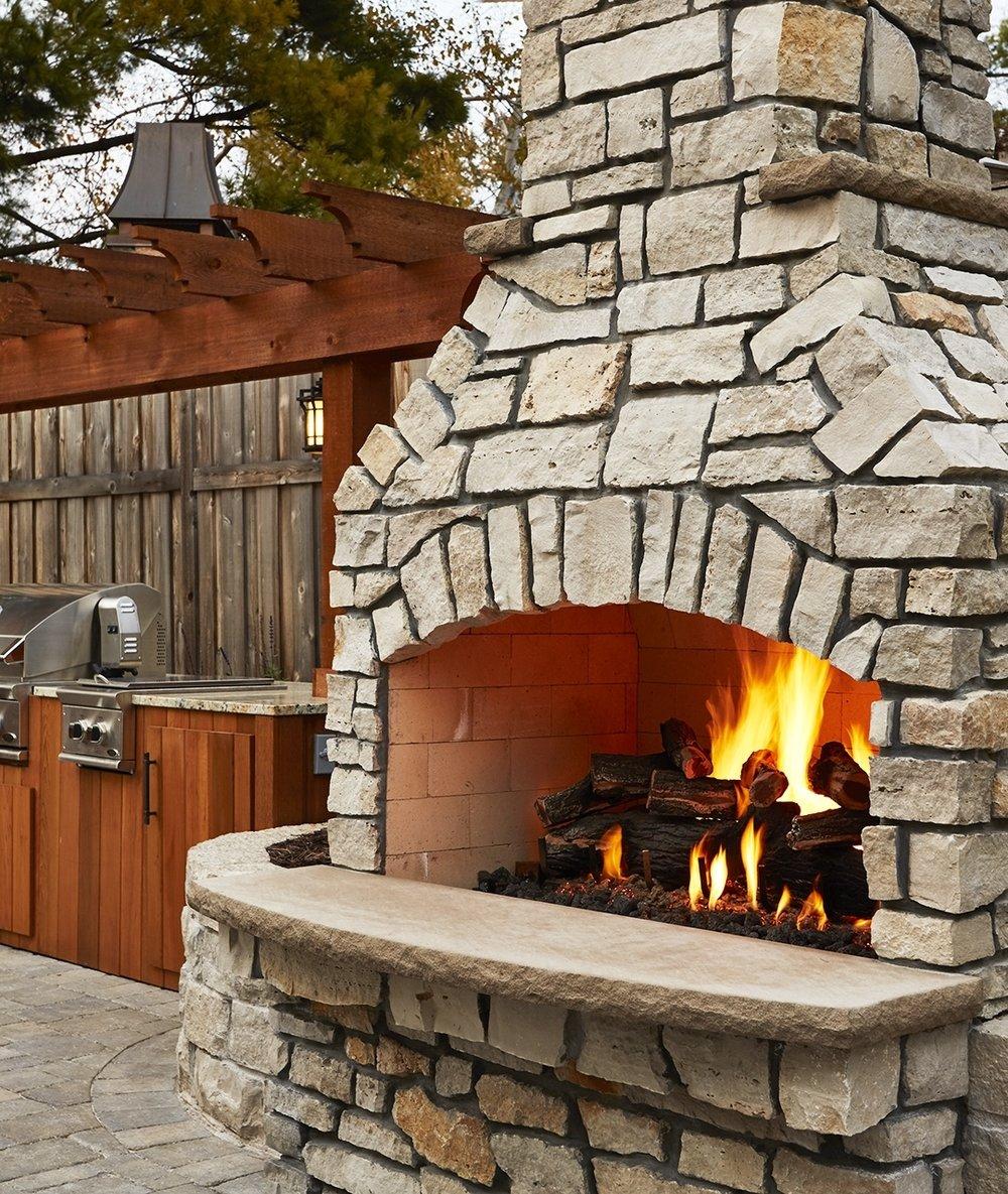 backyard-fireplace-kitchen.jpg