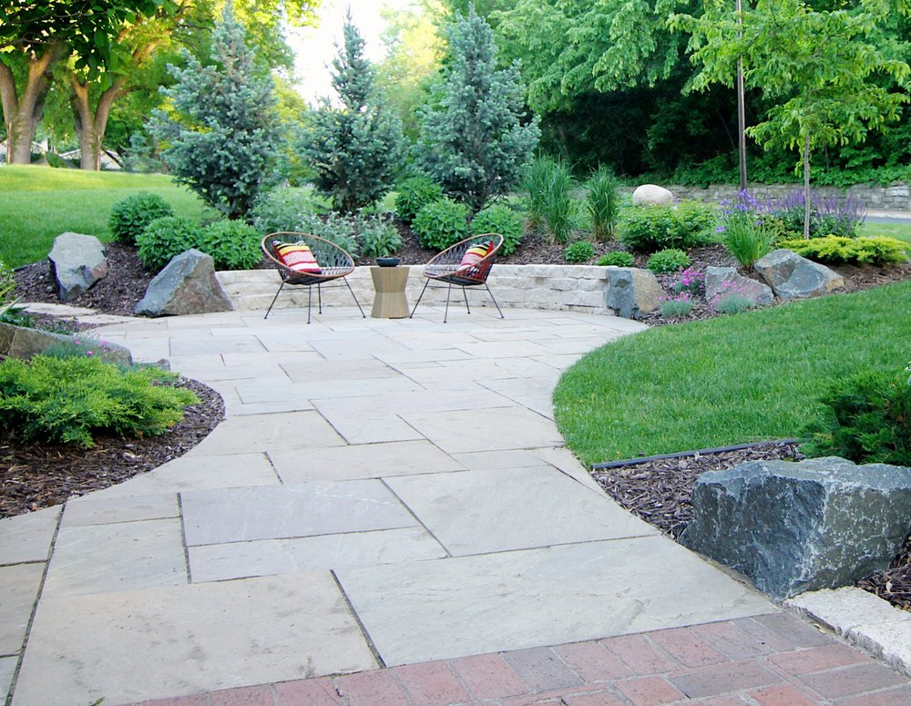 Making the most of their Edina front yard, our homeowners added a great semi-private patio space.