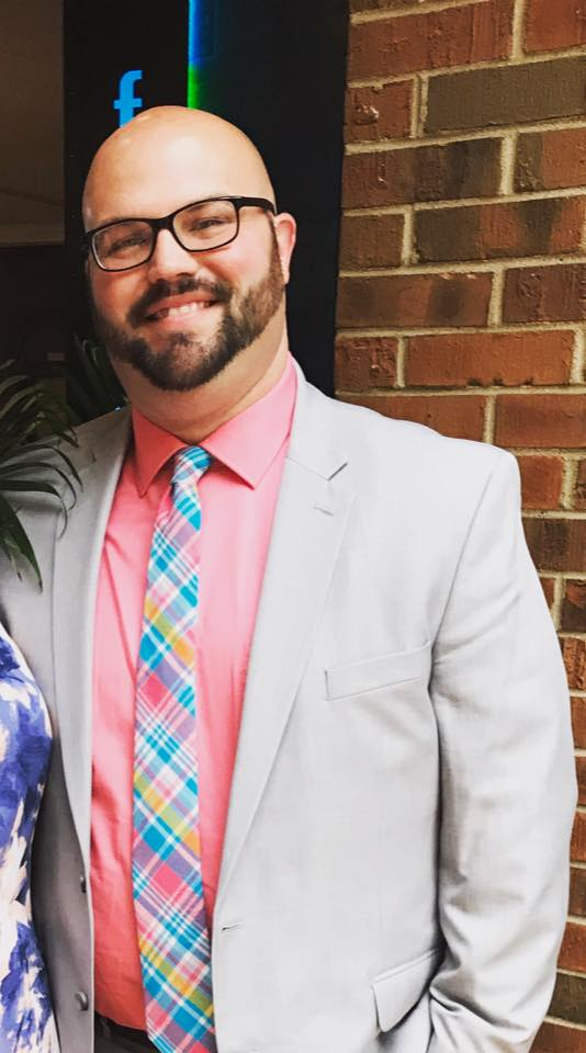 - Wes Ayers is the Youth Minister at the Shiloh Church of Christ in Florence, AL. He is married to his wife Chapel and they have two Children. Wes is a graduate of University of North Alabama. He has been working in Youth Ministry for the past 6 years.