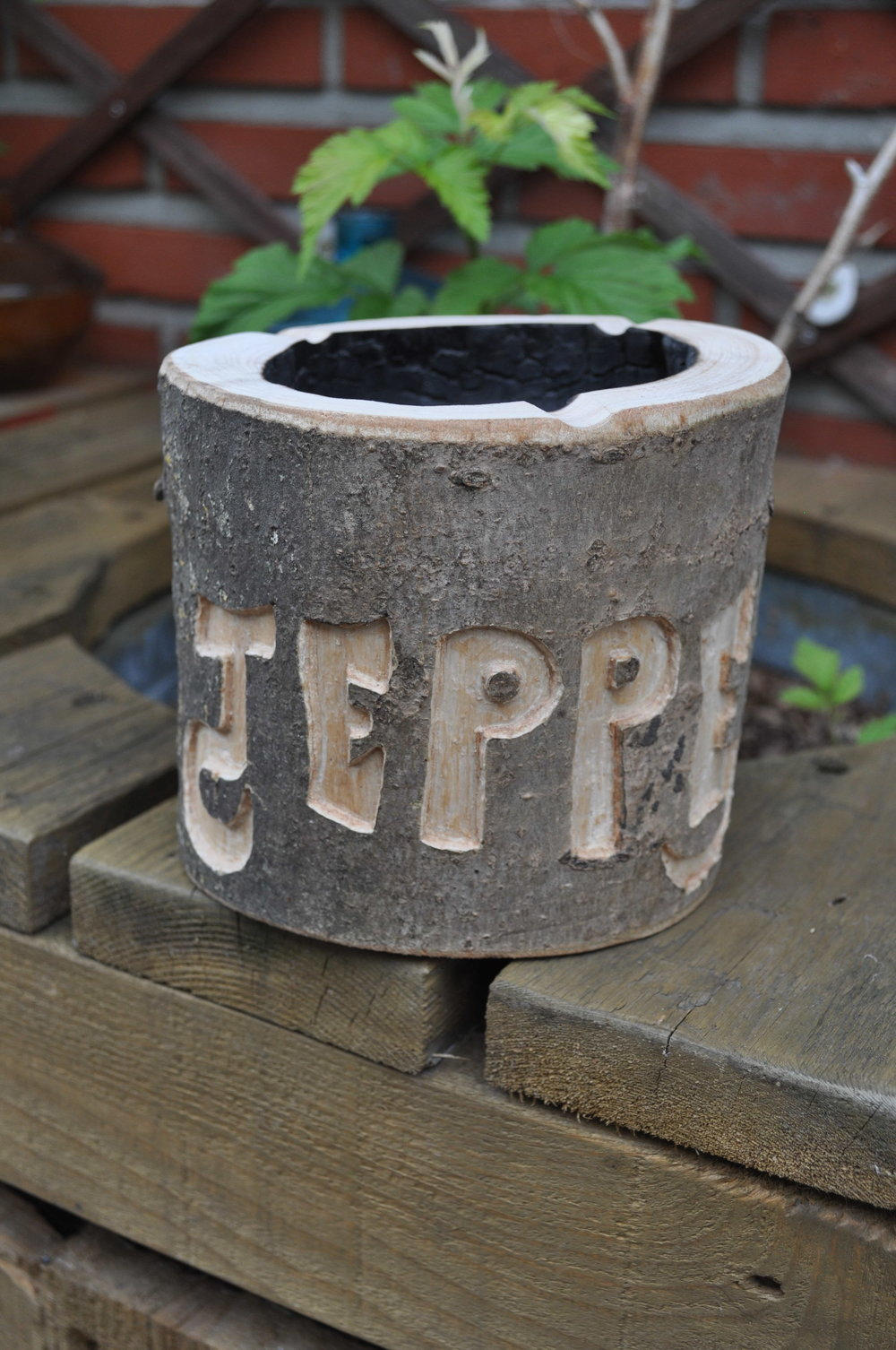 Ashtray with custom name engraving