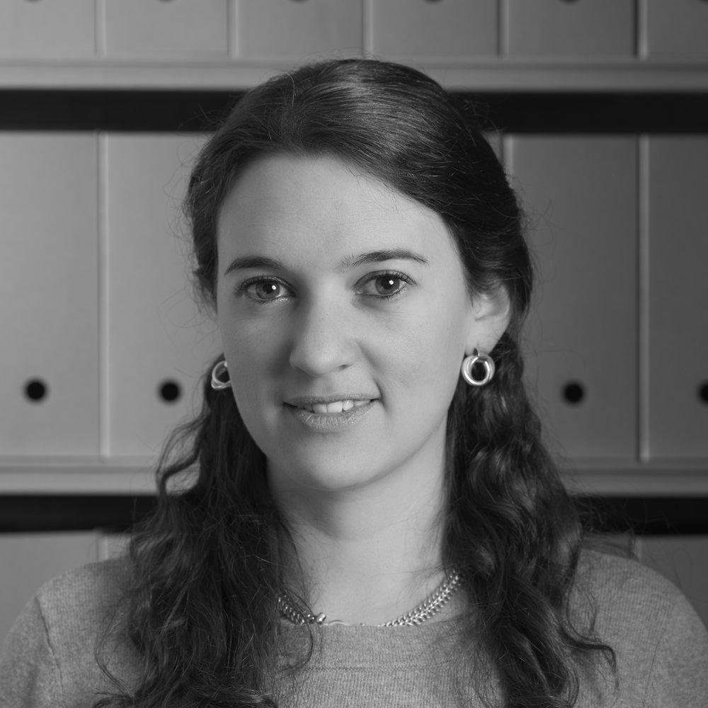 DIANA ITURRALDE   Research Assistant