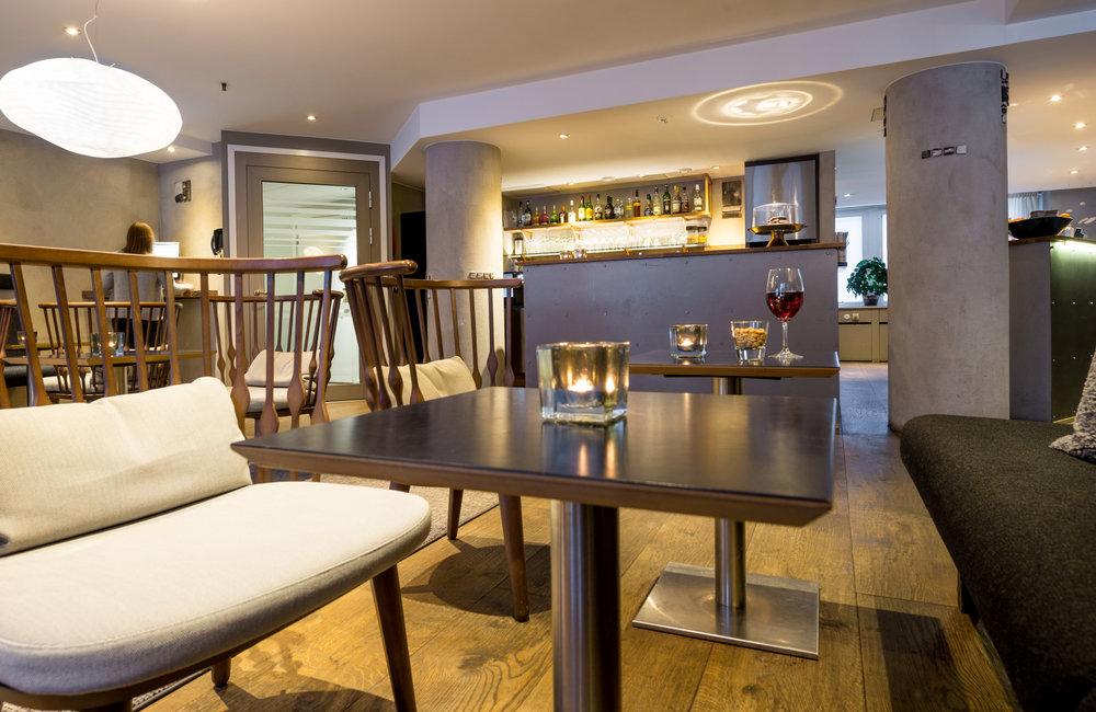 HotelTegnerlunden_Lobbybar2.jpg