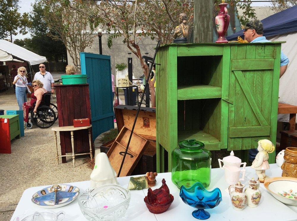 Slidell Antique Street Fair. Courtesy LouisianaNorthshore.com .JPG